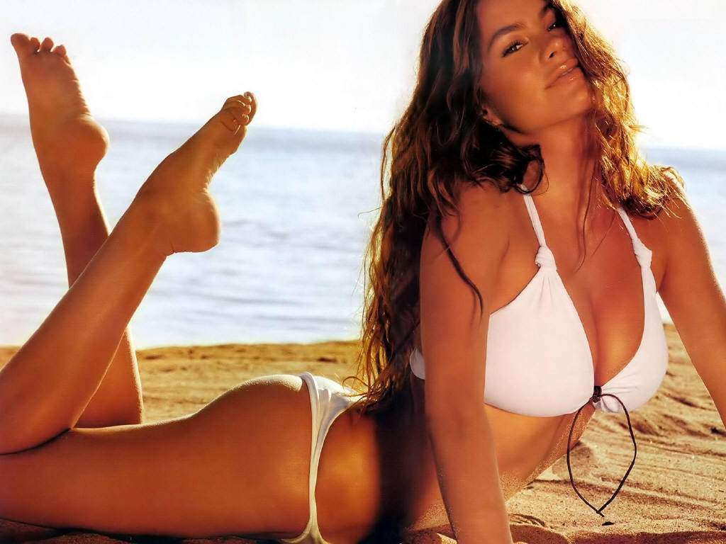 sofia vergara workout bikini