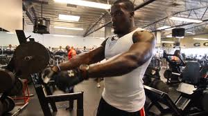 Patrick Willis Working Out