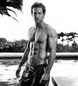 ryan reynolds abs 270x300 Ryan Reynolds Workout & Diet: How the Green Lantern Got A Lean Body