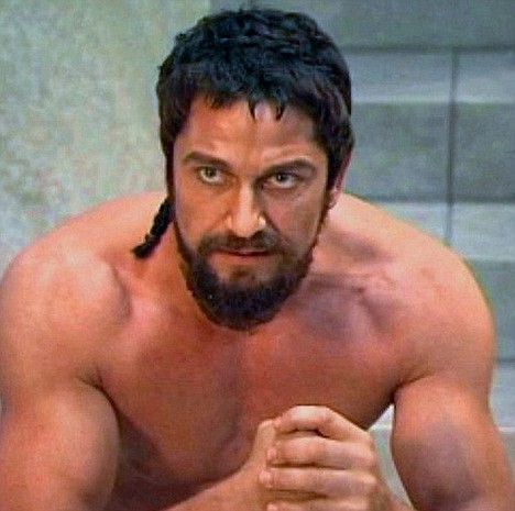 gerard butler 300 arms shoulders