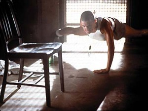 demi moore gi jane workout one arm pushups