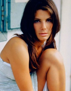 sandra bullock 011 233x300 Sandra Bullock Workout & Diet: How Sandra Stays Young