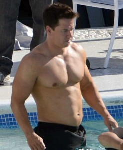 mark wahlberg workout chest abs 247x300