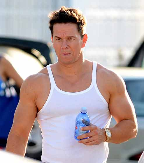 Mark Wahlberg Workout & Diet 40 Pounds of Muscle 7 Weeks | Pop Workouts