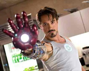 Robert-Downey-Jr-workout-iron-man-2-chest