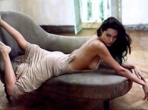 angelina jolie workout legs arms back 300x223