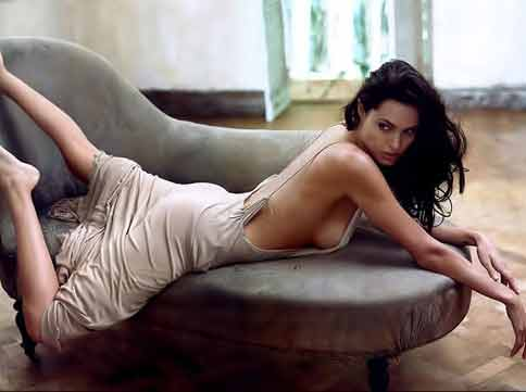 angelina-jolie-workout-legs-arms-back