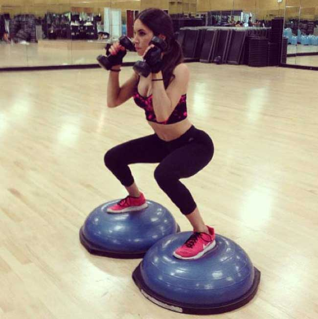 Bosu Ball Squats done by Jen Selter for her Butt