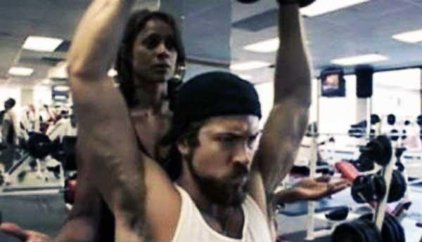 ryan reynolds shoulder workout blade trinity