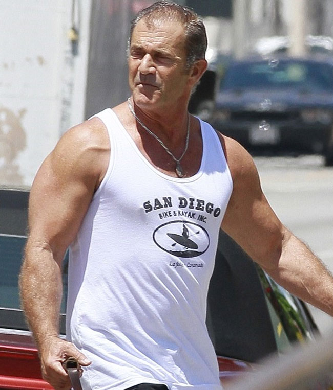 Mel Gibson Workout The Expendables 3