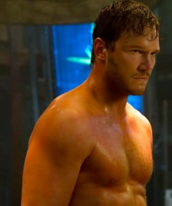 chris-pratt-workout-shoulders