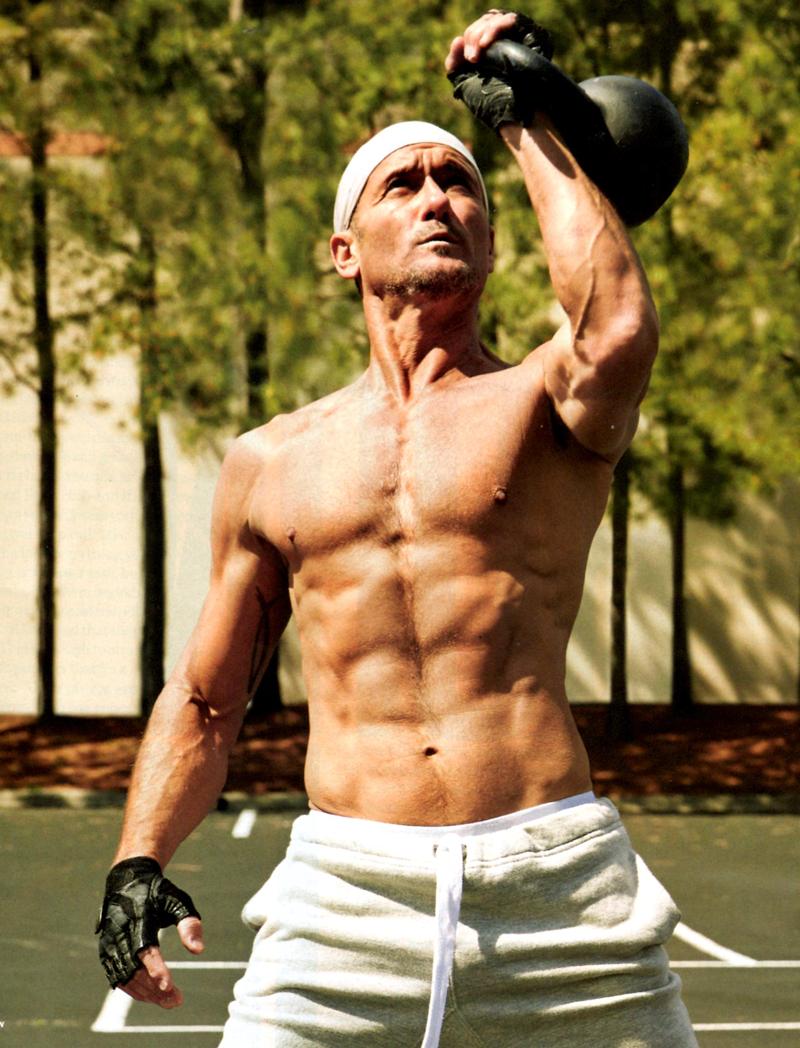 Tim McGraw Workout & Paleo Diet | Pop Workouts