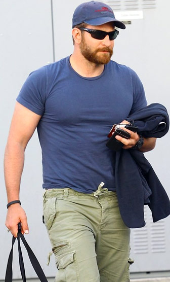 bradley-cooper-height-and-weight