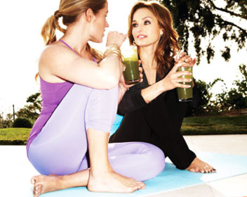 giada-de-laurentiis-workout-with-kathryn-budig