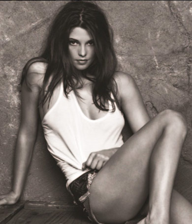 Ashley-Greene-Body-Image