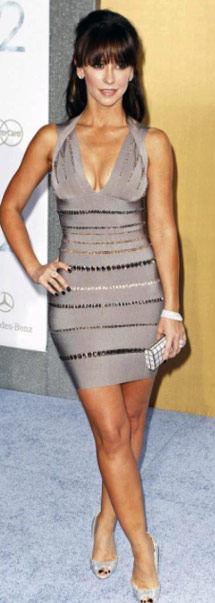 Jennifer Love Hewitt Body Image Posing Big Chest Tanned in Grey Dress