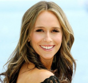 Jennifer Love Hewitt Workout face and shoulder profile with her smiling