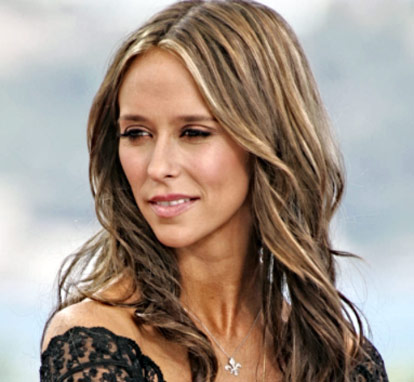 Share The Jennifer Love Hewitt Workout close-up of her hair beautiful face