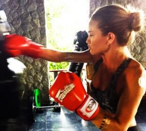 Rosie Huntington-Whiteley Workout Plan