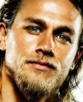 Share-Charlie-Hunnam-Workout