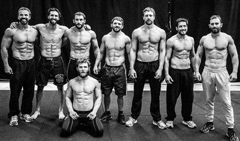 300 Workout Abs Routine Showing Actors Shirtless After Working Out