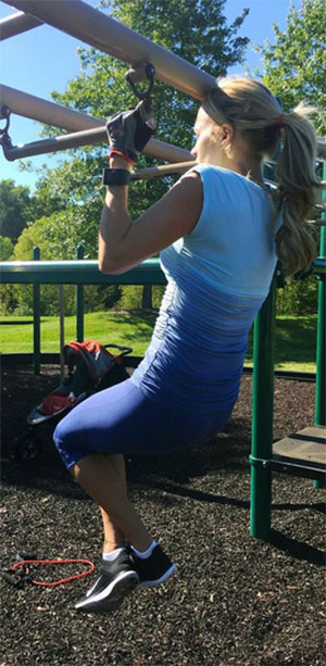Carrie Underwood Stays Fit